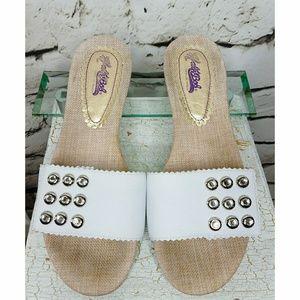 Hale Bob white leather flat sandals sz 9M